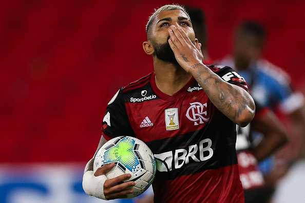 Campeonato Brasileiro Série A「2020 Brasileirao Series A: Flamengo v Gremio Play Behind Closed Doors Amidst the Coronavirus (COVID - 19) Pandemic」:写真・画像(19)[壁紙.com]