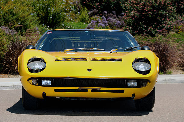 Lamborghini Miura p400s 1970:ニュース(壁紙.com)
