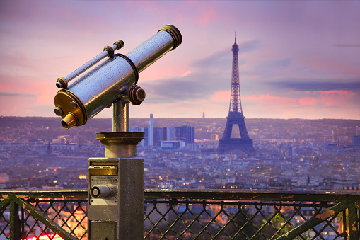 France「Coin operated telescope with Eiffel tower in Paris」:スマホ壁紙(0)