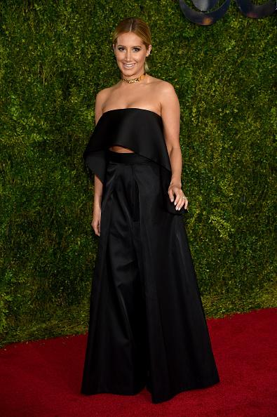 Ashley Tisdale「2015 Tony Awards - Arrivals」:写真・画像(12)[壁紙.com]