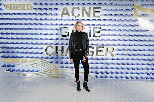アシュリー ベンソン「National Launch Of Differin Gel With Ashley Benson At Nestle SHIELD Center In New York City」:写真・画像(13)[壁紙.com]