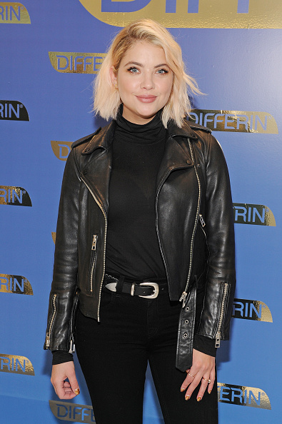 アシュリー ベンソン「National Launch Of Differin Gel With Ashley Benson At Nestle SHIELD Center In New York City」:写真・画像(3)[壁紙.com]