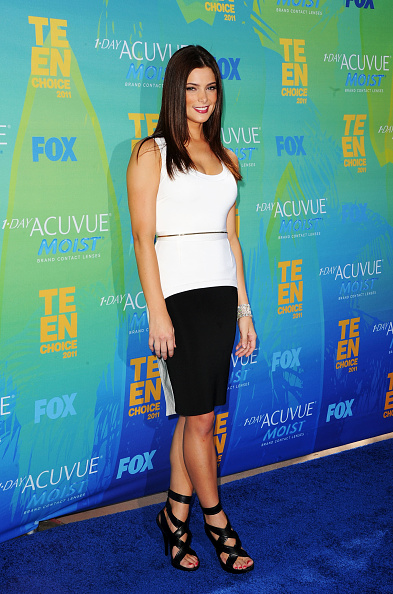 アシュリー グリーン「2011 Teen Choice Awards - Arrivals」:写真・画像(7)[壁紙.com]