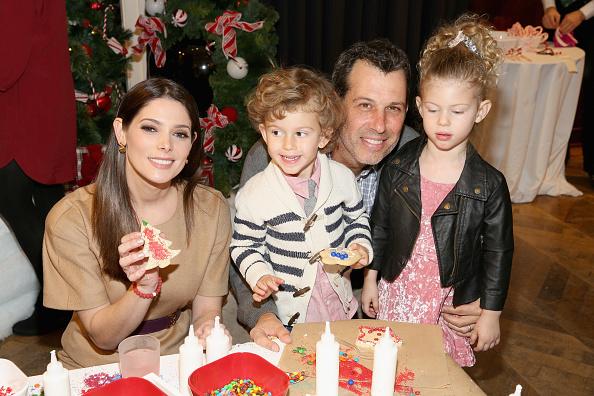 アシュリー グリーン「Brooks Brothers Celebrates the Holidays with St. Jude Children's Research Hospital」:写真・画像(11)[壁紙.com]