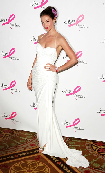 Form Fitted Dress「The Breast Cancer Research Foundation Presents The Very Hot Pink Party」:写真・画像(12)[壁紙.com]