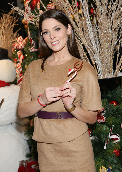 アシュリー グリーン「Brooks Brothers Celebrates the Holidays with St. Jude Children's Research Hospital」:写真・画像(13)[壁紙.com]