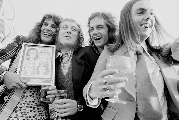Crockery「Slade With Award」:写真・画像(19)[壁紙.com]