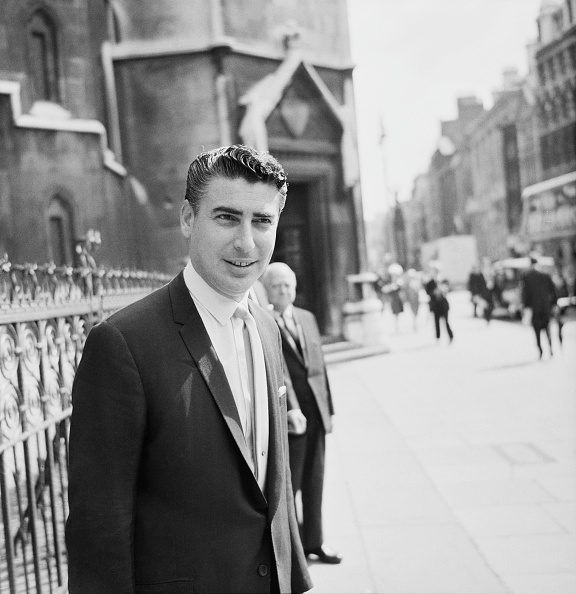 Harold Clements「Larry Parnes at the Royal Courts of Justice」:写真・画像(0)[壁紙.com]