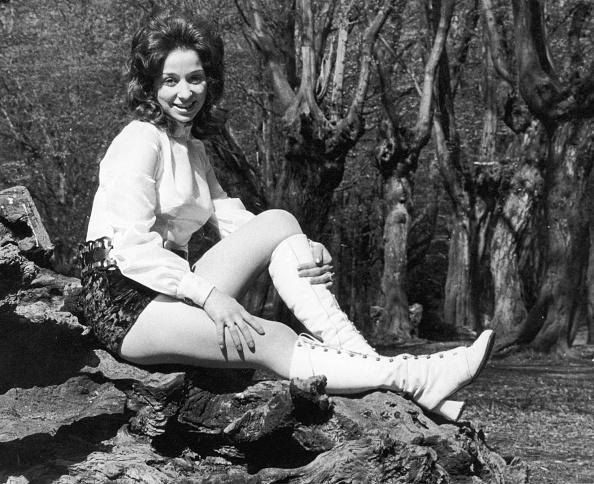 女性歌手「Tina Charles」:写真・画像(8)[壁紙.com]