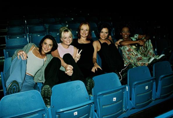 Peace Sign - Gesture「Spice Girls」:写真・画像(19)[壁紙.com]