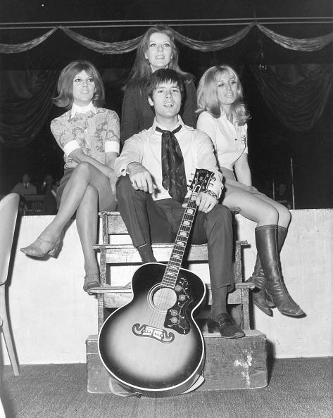 Arts Culture and Entertainment「Cliff Richard」:写真・画像(14)[壁紙.com]