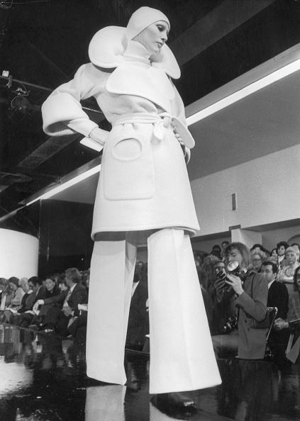 Coat - Garment「Cardin Classic」:写真・画像(3)[壁紙.com]