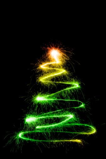 花火「輝くクリスマスツリー」:スマホ壁紙(11)