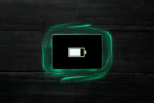 Power Supply「Battery symbol on digital tablet, recharging」:スマホ壁紙(14)