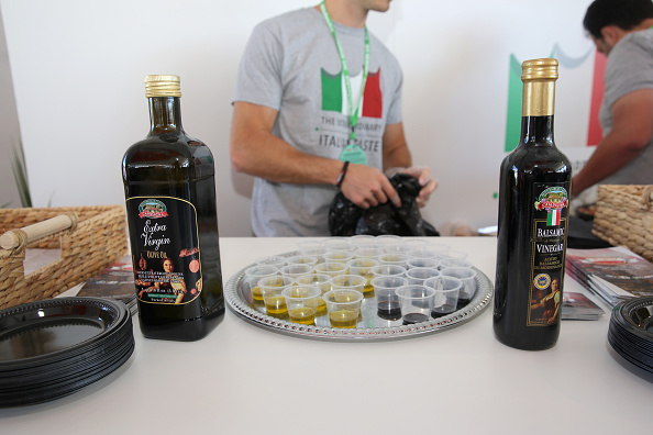 Olive Oil「Goya Foods Grand Tasting Village Featuring MasterCard Grand Tasting Tents & KitchenAid® Culinary Demonstrations - 2016 Food Network & Cooking Channel South Beach Wine & Food Festival presented by FOOD & WINE」:写真・画像(18)[壁紙.com]