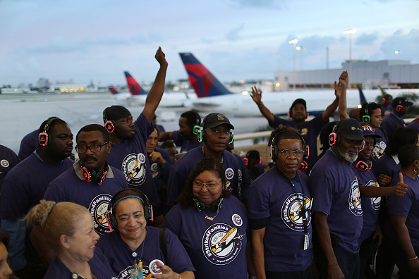 Passenger Cabin「Fort Lauderdale Airport Workers Join National Strike」:写真・画像(7)[壁紙.com]