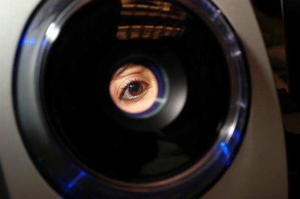 眼「New Jersey School System Uses Iris-Recognition Technology」:写真・画像(2)[壁紙.com]