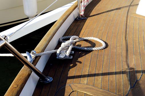 Boat Deck「Yacht moored」:スマホ壁紙(18)