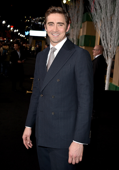"""Three Quarter Length「Premiere Of New Line Cinema, MGM Pictures And Warner Bros. Pictures' """"The Hobbit: The Battle Of The Five Armies"""" - Red Carpet」:写真・画像(19)[壁紙.com]"""