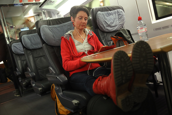 Passenger「Storm Friederike Brings Transport Stop And Deaths To Germany」:写真・画像(14)[壁紙.com]