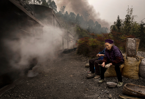 Pulling「Steam Train Provides Link Between China's Past And Present」:写真・画像(18)[壁紙.com]