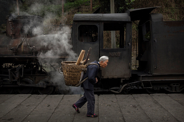 Village「SteamTrain Provides Link Between China's Past And Present」:写真・画像(15)[壁紙.com]