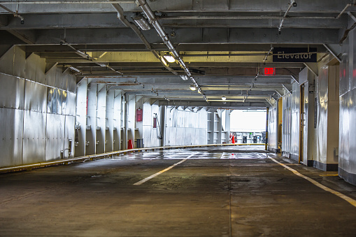 Passenger「The empty deck of a passenger ferry; British Columbia, Canada」:スマホ壁紙(16)