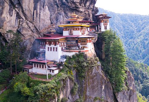 Himalayas「The Tigers Nest Monastery in Himalayans in Bhutan.」:スマホ壁紙(0)