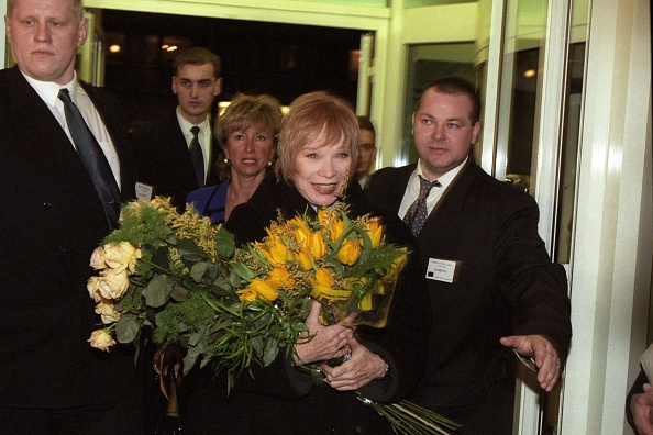 Comedy Film「Shirley MacLaine」:写真・画像(9)[壁紙.com]