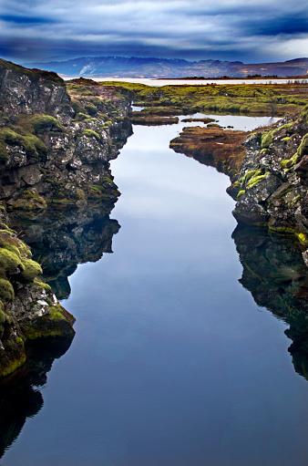 Basalt「Iceland Tectonic Plate Divide」:スマホ壁紙(1)