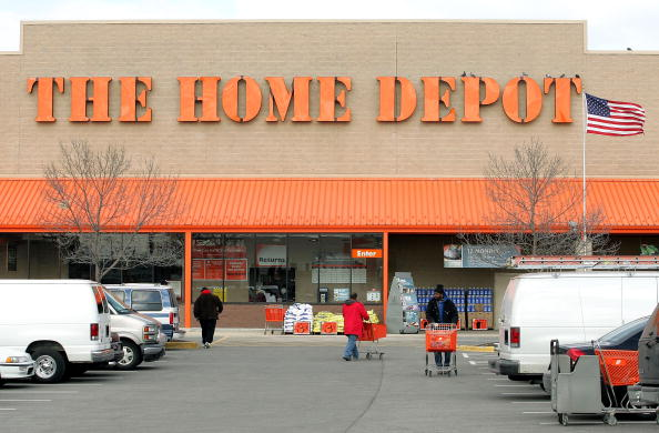 Facade「Home Depot Partners With Hispanic Groups」:写真・画像(5)[壁紙.com]