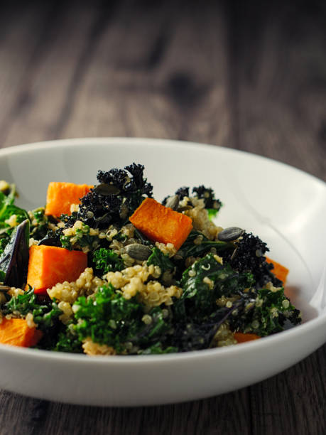 quinoa and kale salad with roasted sweet potatoes:スマホ壁紙(壁紙.com)
