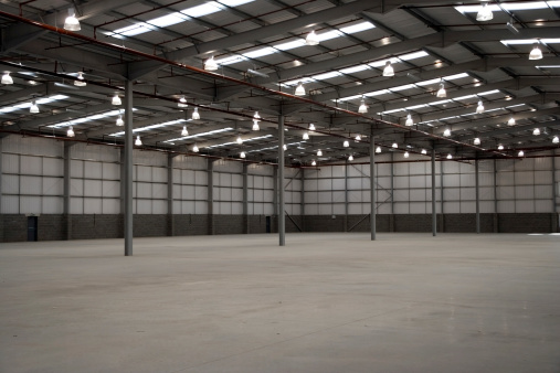 Cement Floor「Empty Warehouse」:スマホ壁紙(8)
