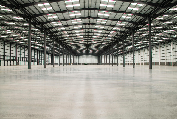 からっぽ「Empty warehouse, Coventry, West Midlands, UK」:写真・画像(5)[壁紙.com]
