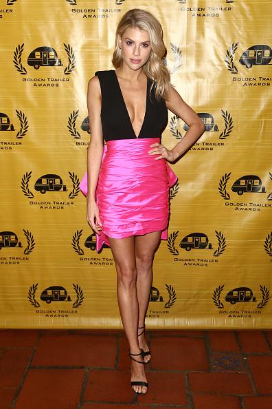 Plunging Neckline「20th Annual Golden Trailer Awards」:写真・画像(1)[壁紙.com]