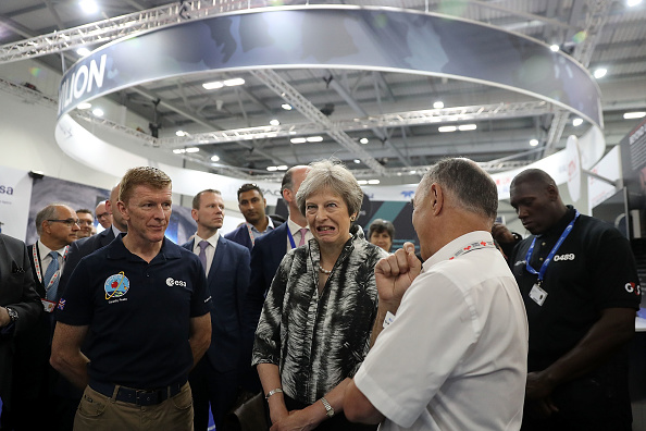 Timothy Peake「The Prime Minister Pledges To Boost The Aerospace Industry Amid Brexit Fears」:写真・画像(13)[壁紙.com]