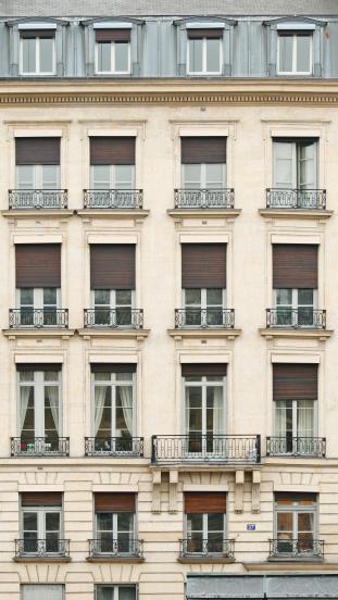 France「Front view of Paris architecture」:スマホ壁紙(19)