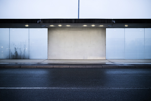 Wide Angle「Front view blank cement and frosted glass wall at outdoor」:スマホ壁紙(11)