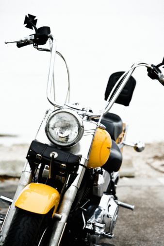 Motorcycle「Front view of motorcycle」:スマホ壁紙(5)
