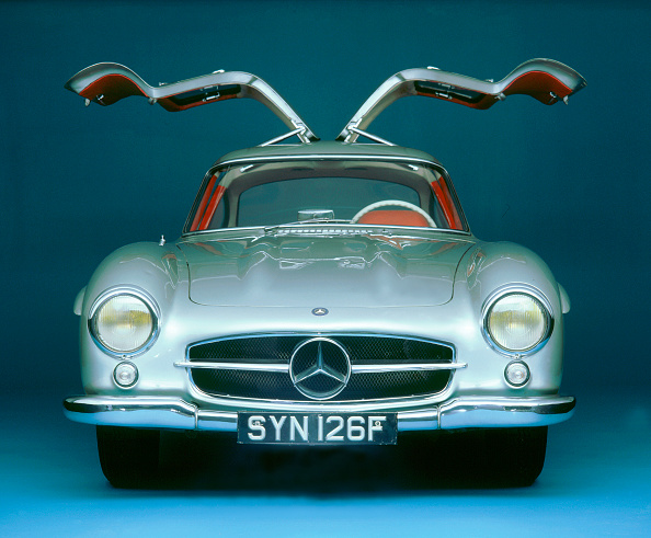 Front View「1957 Mercedes Benz 300 SL Gullwing」:写真・画像(6)[壁紙.com]