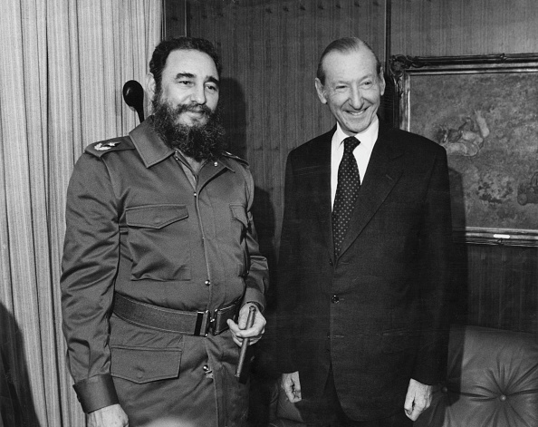 Two People「Fidel Castro And Kurt Waldheim」:写真・画像(7)[壁紙.com]