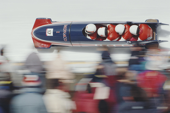 ボブスレー「XVI Olympic Winter Games」:写真・画像(3)[壁紙.com]