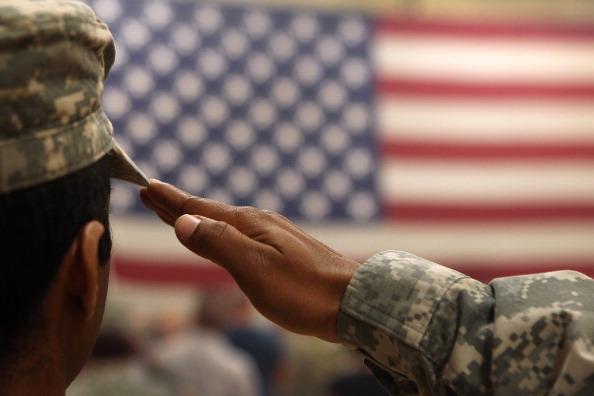 USA「1st Brigade Combat Team Soldiers Return Home After Afghanistan Deployment」:写真・画像(8)[壁紙.com]