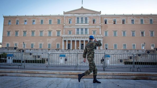 Government Building「Life In Greece Following Syriza Election Success」:写真・画像(11)[壁紙.com]
