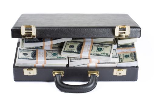 Economic fortune「書類鞄いっぱいのドル」:スマホ壁紙(8)