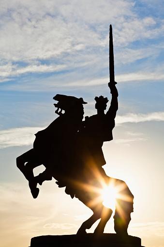 Cavalry「Statue of King Svatopluk in Bratislava」:スマホ壁紙(8)