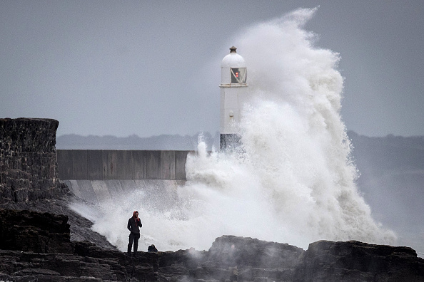 Bestpix「UK Hit By Storm Helene」:写真・画像(8)[壁紙.com]