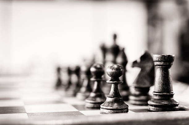 Vintage chess board:スマホ壁紙(壁紙.com)