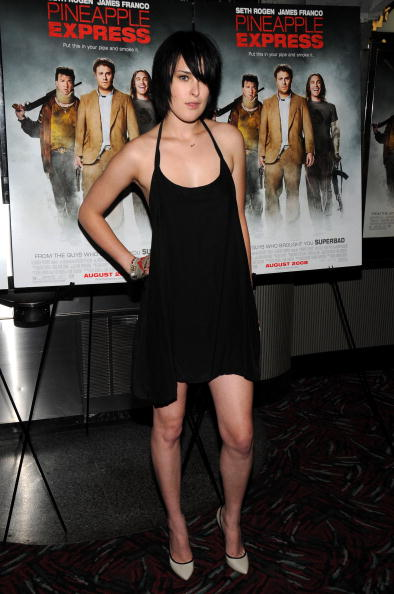 """Halter Top「Columbia Pictures Presents A Screening Of """"Pineapple Express"""" - Arrivals」:写真・画像(10)[壁紙.com]"""