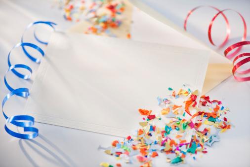 お正月「Confetti and ribbons」:スマホ壁紙(15)